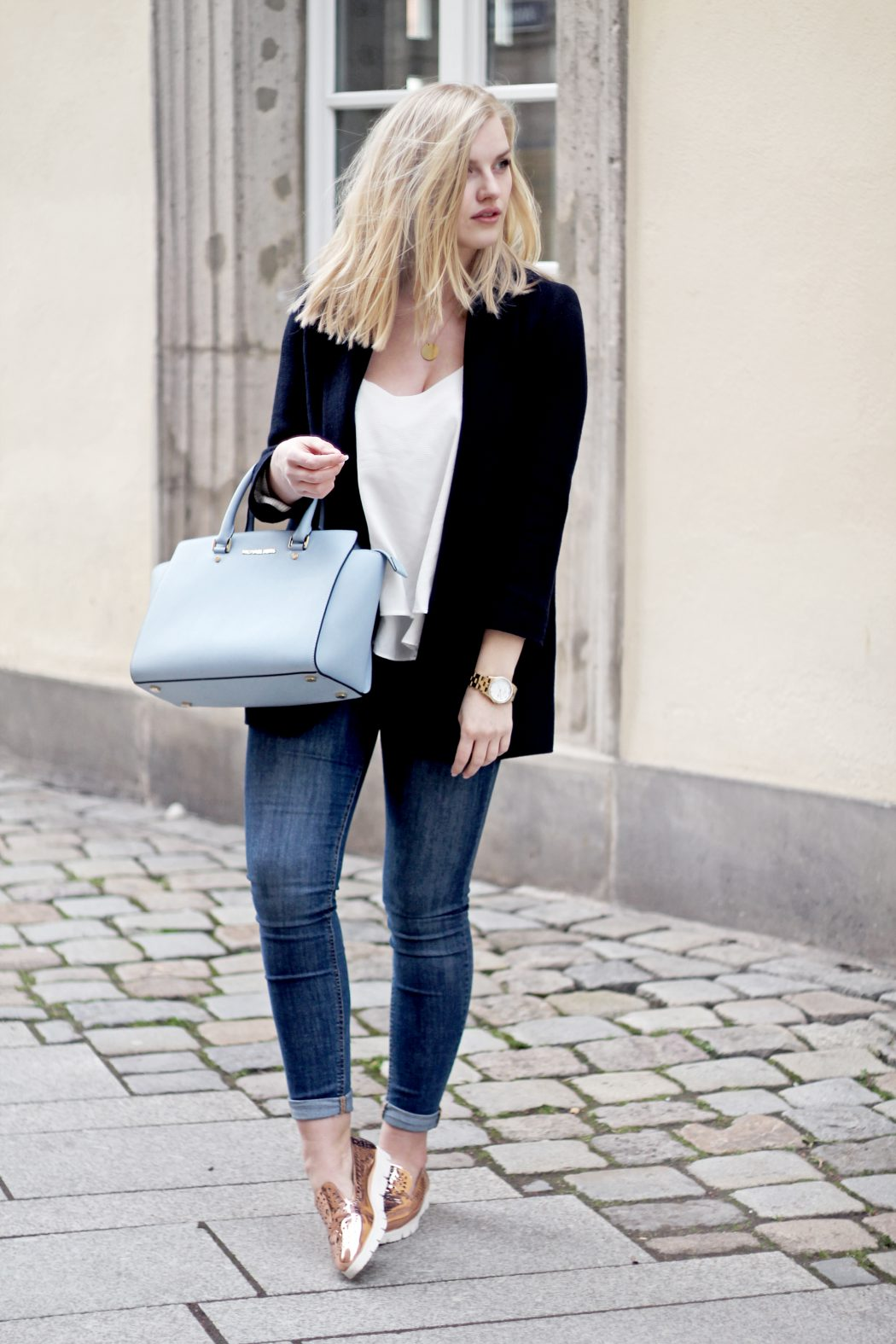 metallic shoes fashionblogger blogger ootd outfit german fashion