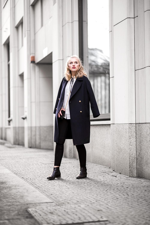 Eva-Jasmin-Fashion-Week-YSL-coat-ootd-10