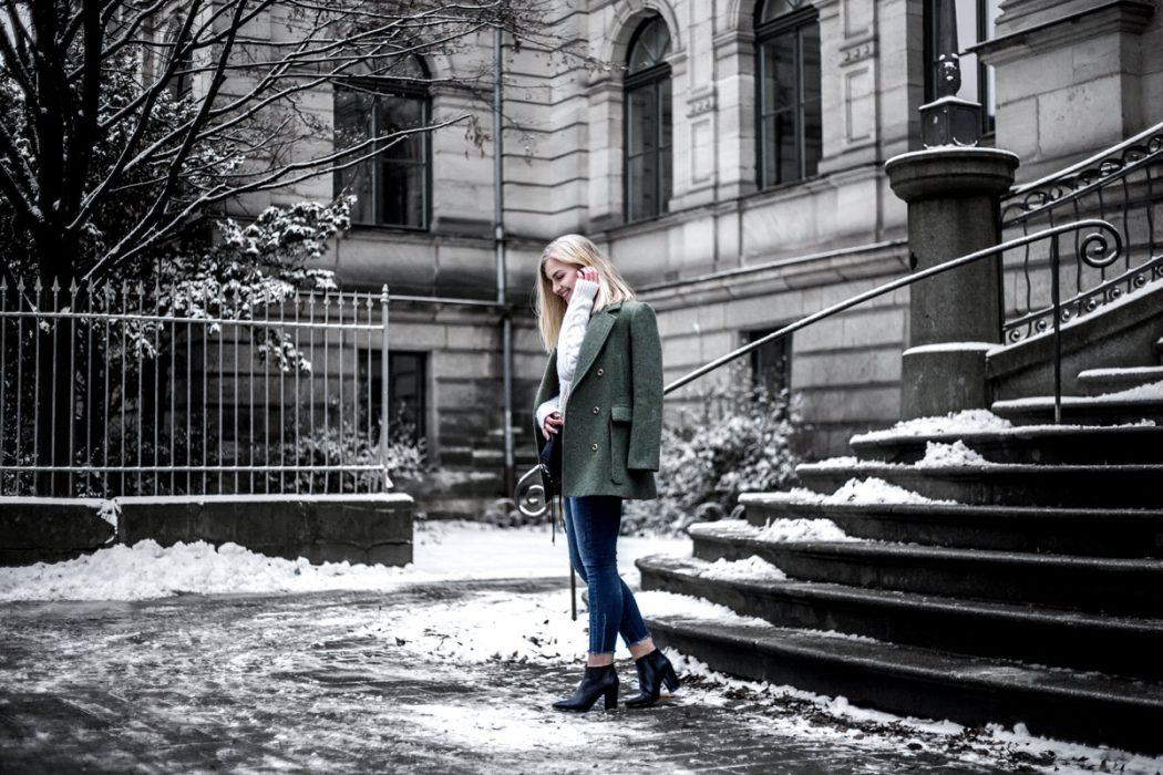 Eva-Jasmin-khaki-outfit-7