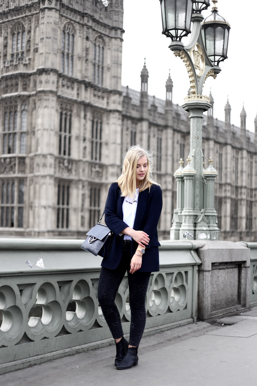 Eva-Jasmin-LFW-outfit-NAKE-Chloe-Zara-Big-Ben-Westminster-London-03