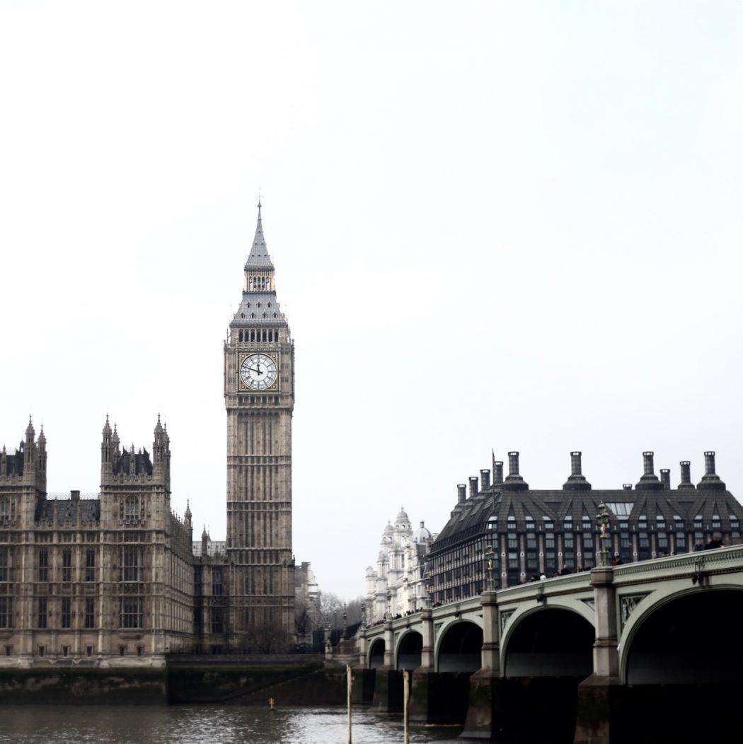 Eva Jasmin London Big Ben
