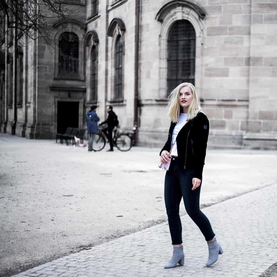 Blogged find 10 facts about me now on wwwevajasminde hellip