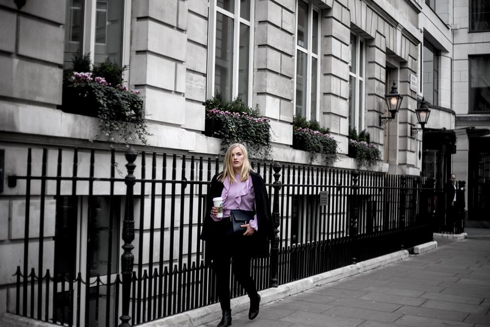 Eva-Jasmin-London-LFW-Ruffles-Volant-Gucci-Chloe-Outfit-04