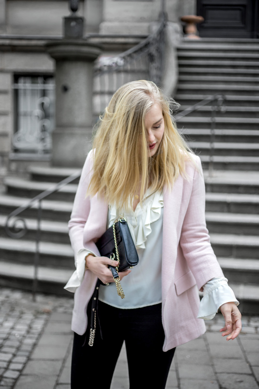 Streetstyle ootd volant slipper pink Erlangen