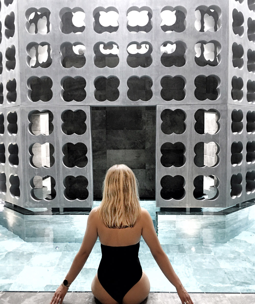 hair blonde pool spa wellness bikini body inspiration