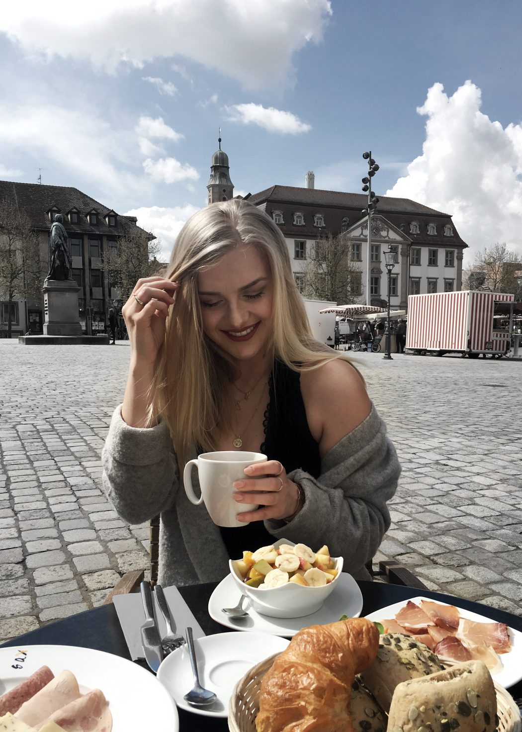 birthday girl ootd fashion blogger Erlangen breakfast