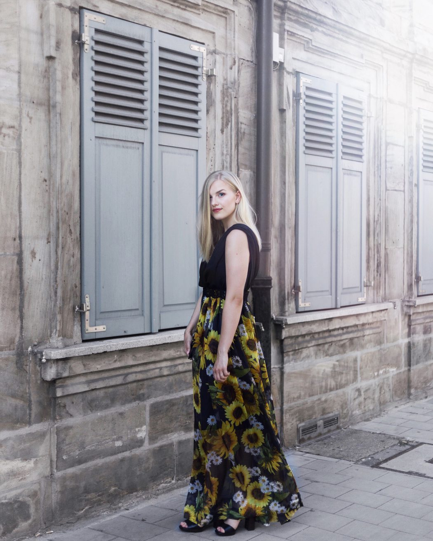 Schlossgartenfest fau erlangen Nürnberg Abendkleid sunflowers dolce gabanna
