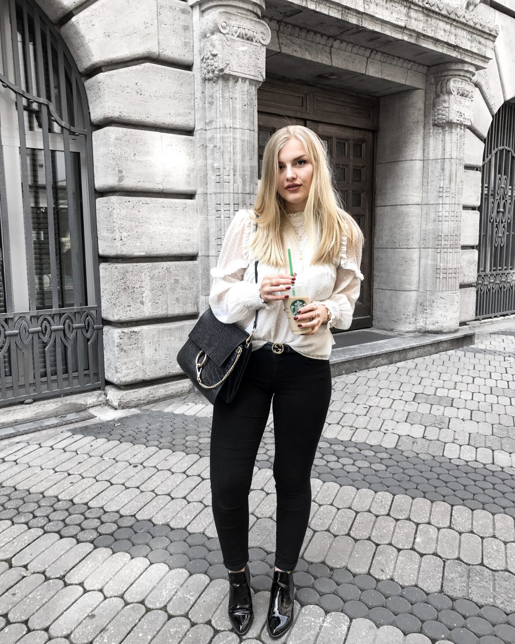 Blogger ootd streetstyle blonde fashion mode Erlangen