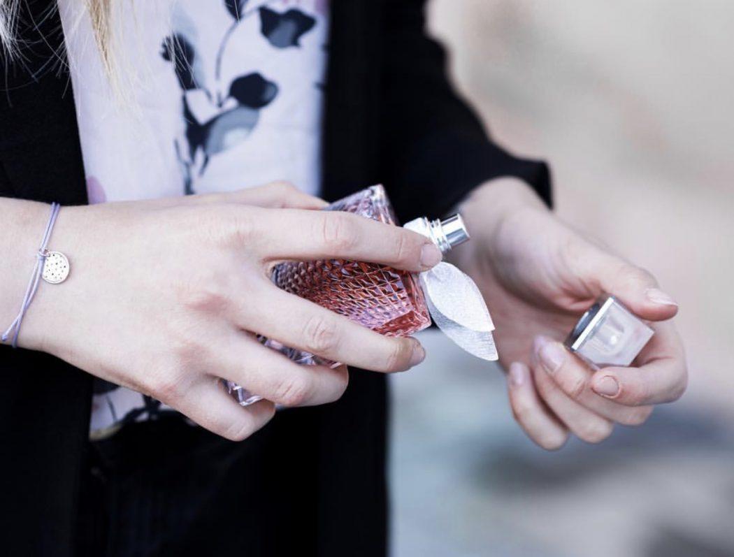 Eva Jasmin La Vie Est Belle Perfume Lancome Blogger Beauty Details