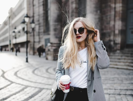 Eva Jasmin ootd streetstyle nuremberg houndstooth gucci chloe statement shirt outfit
