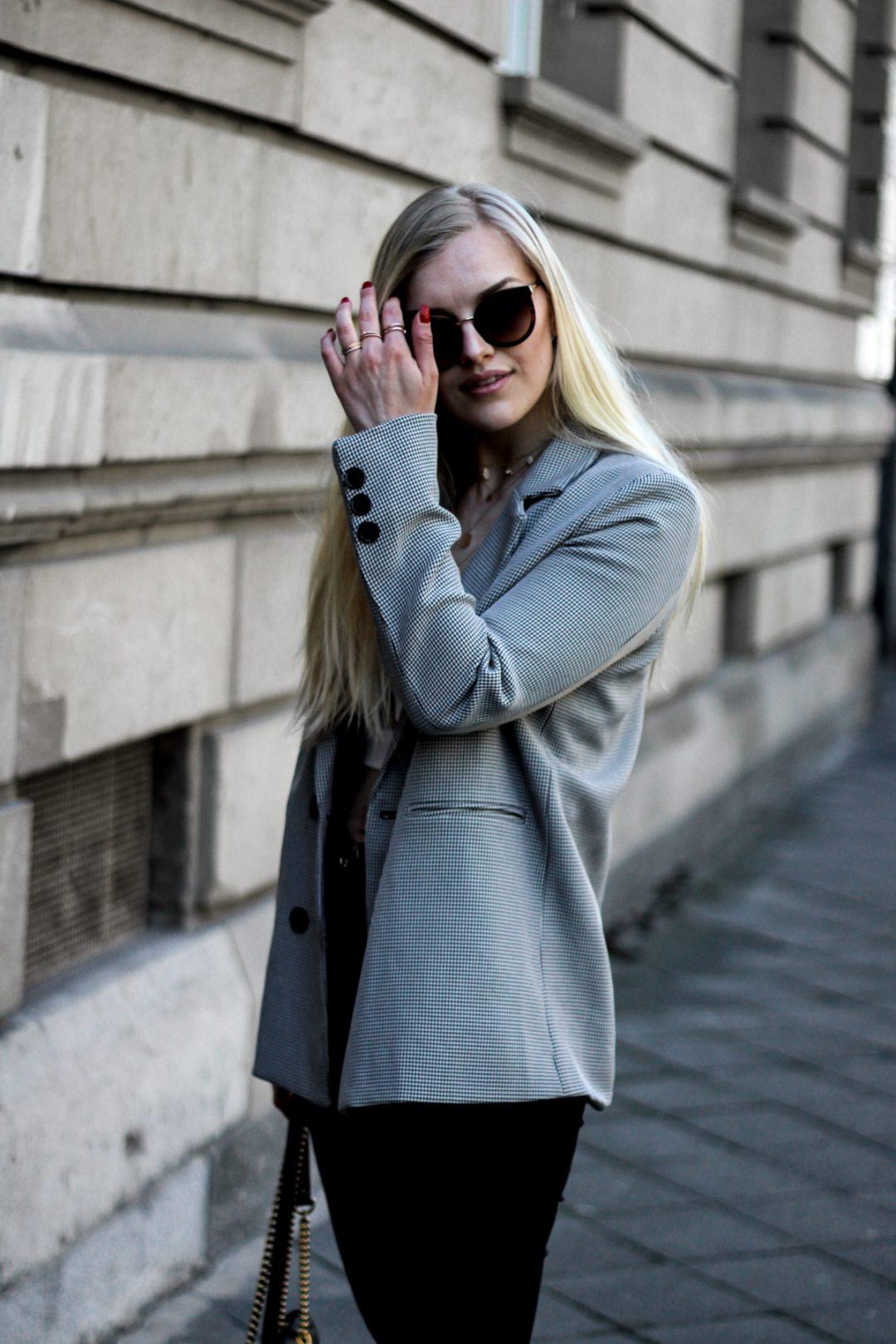 Eva-Jasmin-Crop-Top-Houndstooth-Gucci-Marmont-Stilnest-Necklaces-03