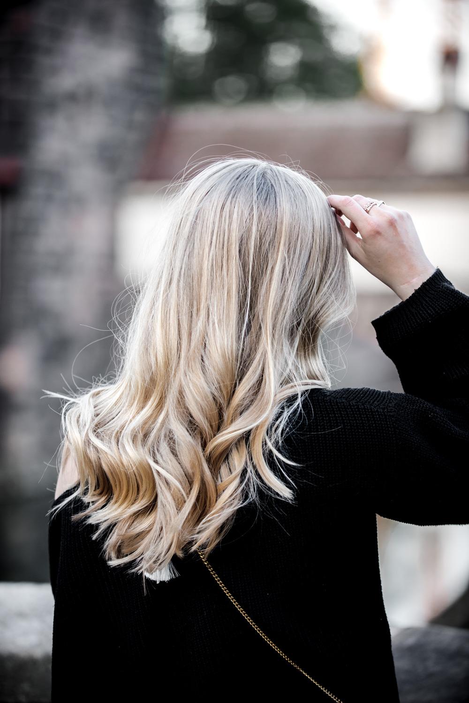 Eva-Jasmin-Streetstyle-Chloe-Drew-Nuremberg-Blogger-Balenciaga-Lookalikes-hair-hairgoals-curls-blonde