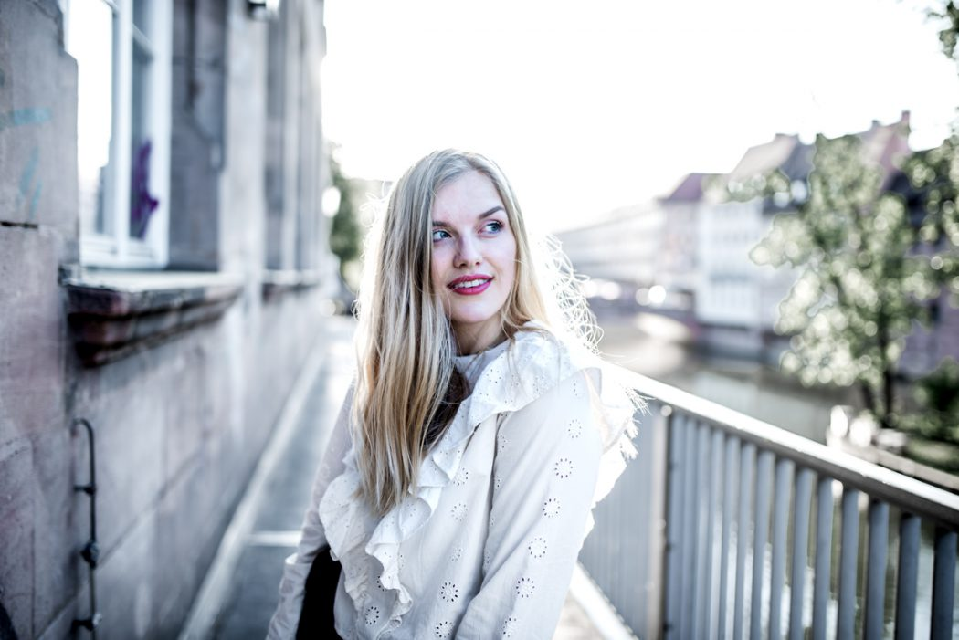 Eva Jasmin Streetstyle Nuremberg Denim Crochet Lace ootd gucci marmont
